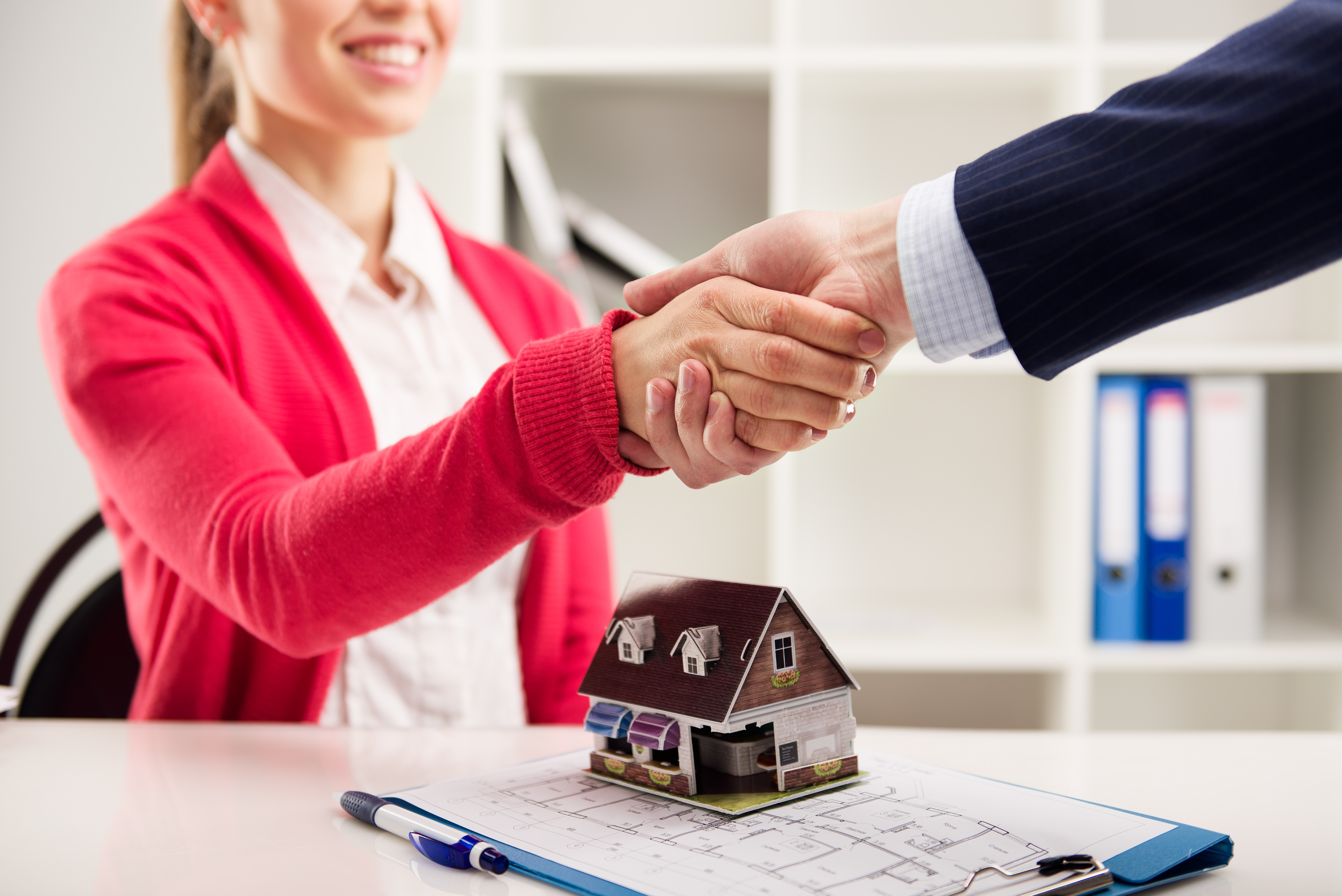 Lease Or Buy A Car For Real Estate Agent